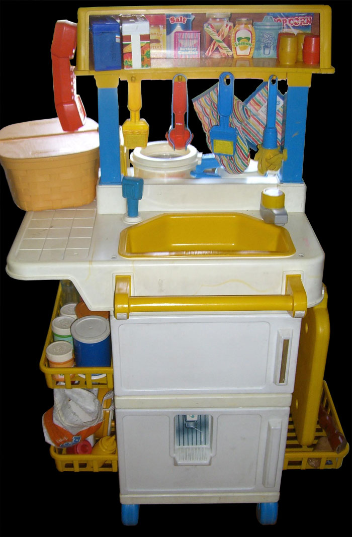 2101 fisher price kitchen for Kitchen set from the 90 s