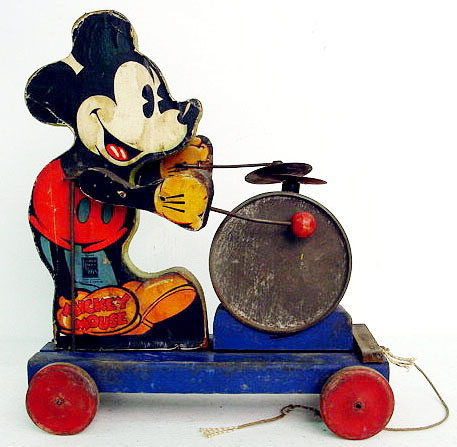 795 Mickey Mouse Drummer